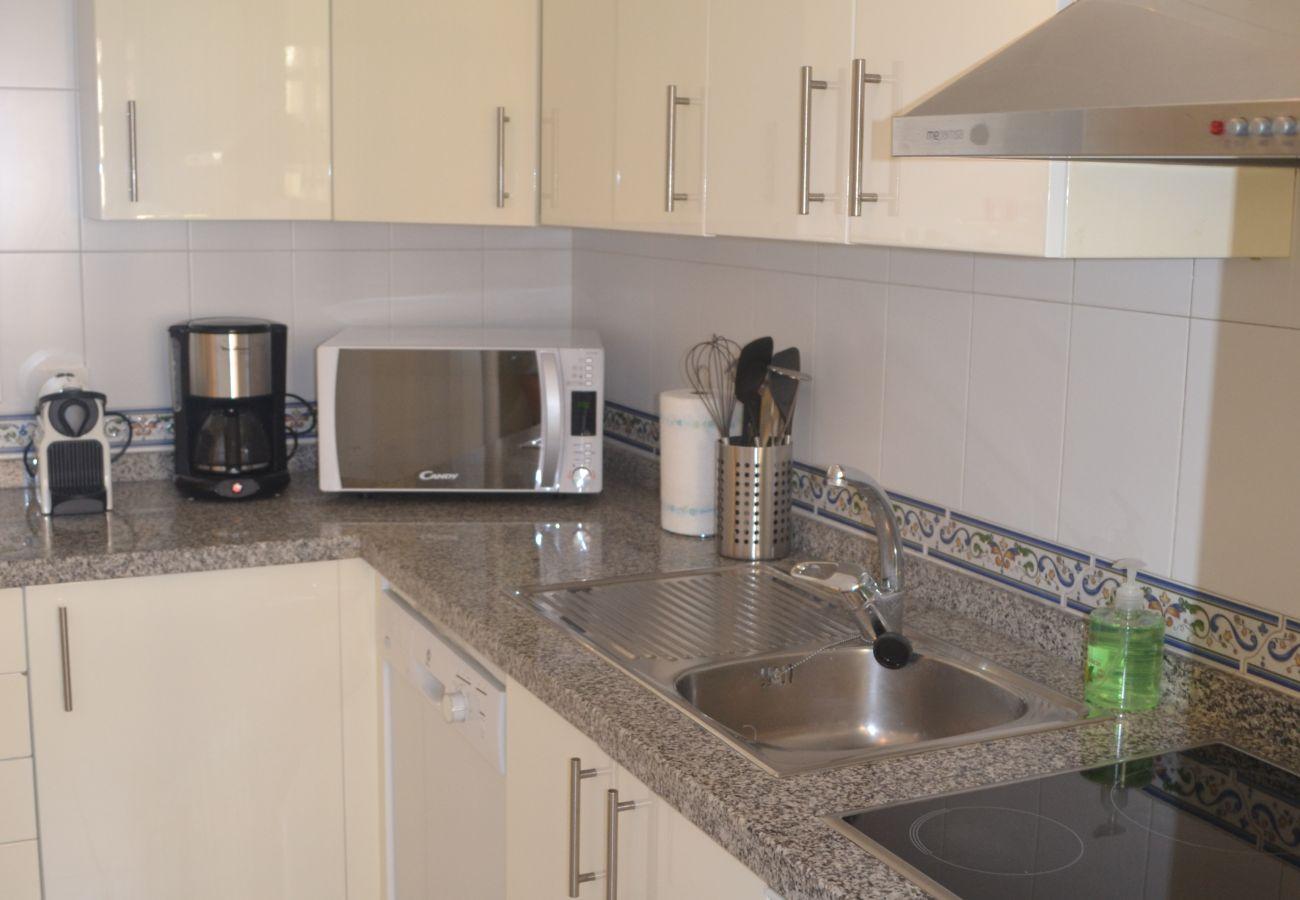 ZapHoliday - 2115 - appartement verhuur in Manilva, Costa del Sol - keuken