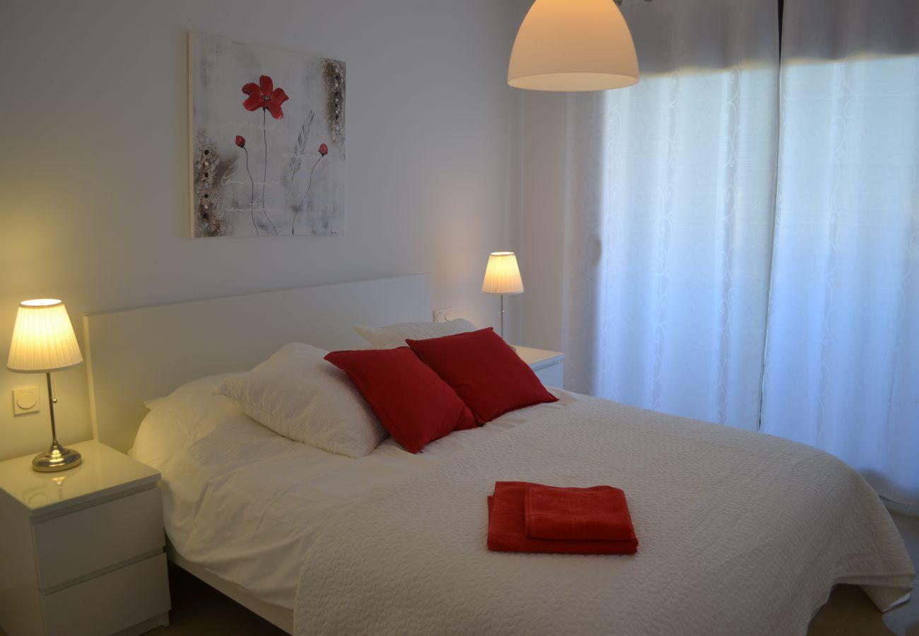 ZapHoliday - 2115 - appartement verhuur in Manilva, Costa del Sol - slaapkamer
