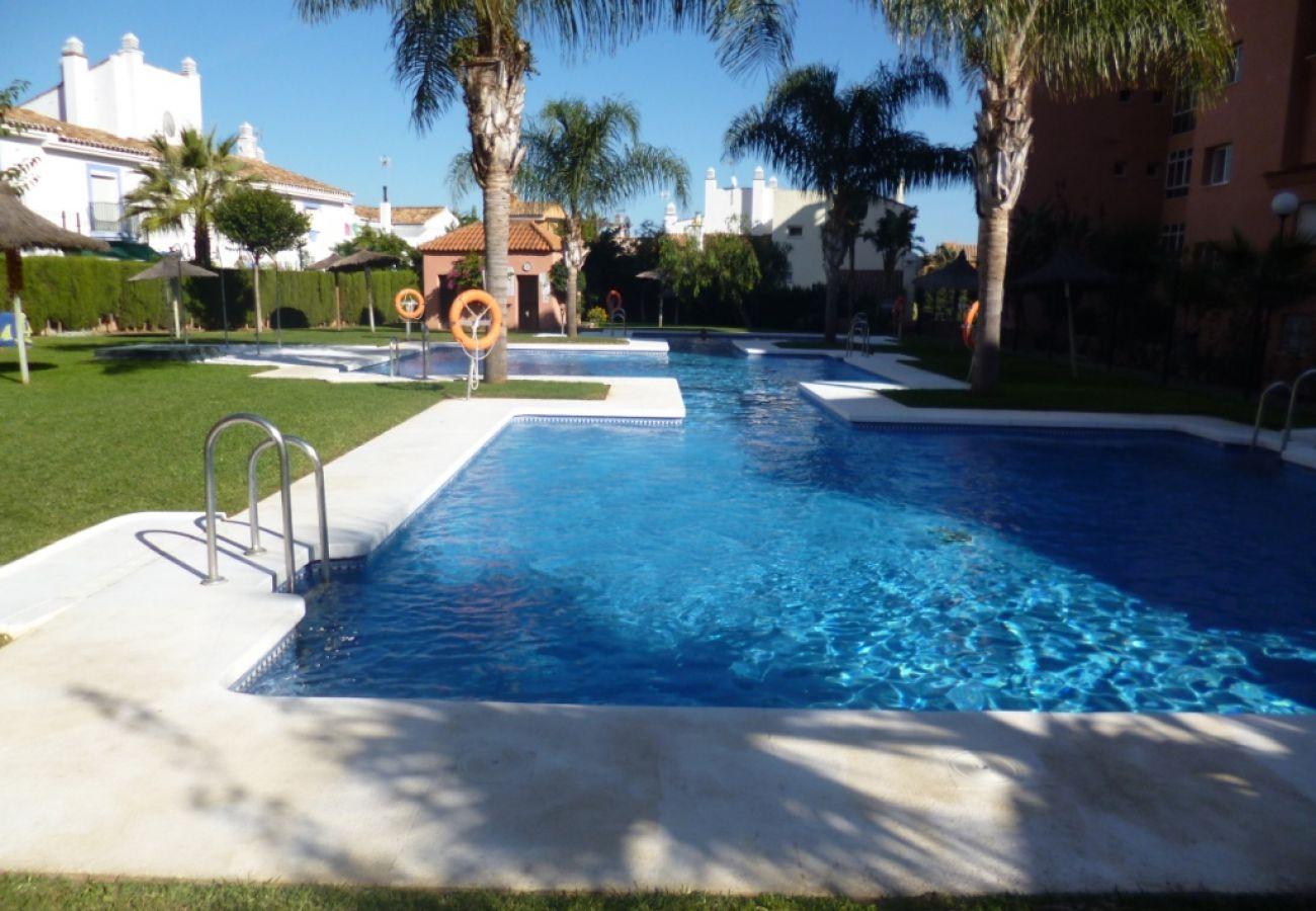 Appartement in Manilva - Los Hidalgos Golf 2035