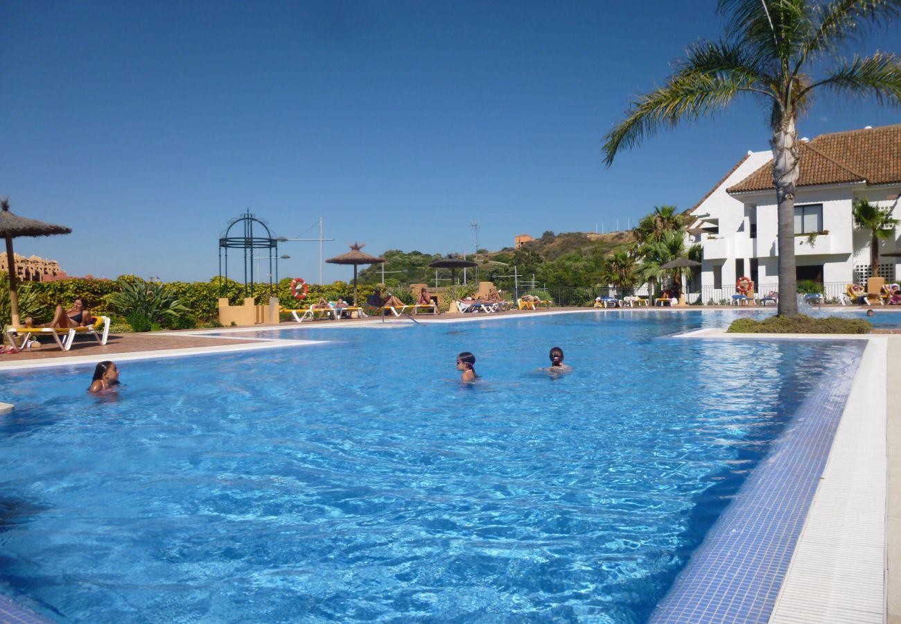 Zapholiday - 2181 - Manilva appartementhuur – zwembad