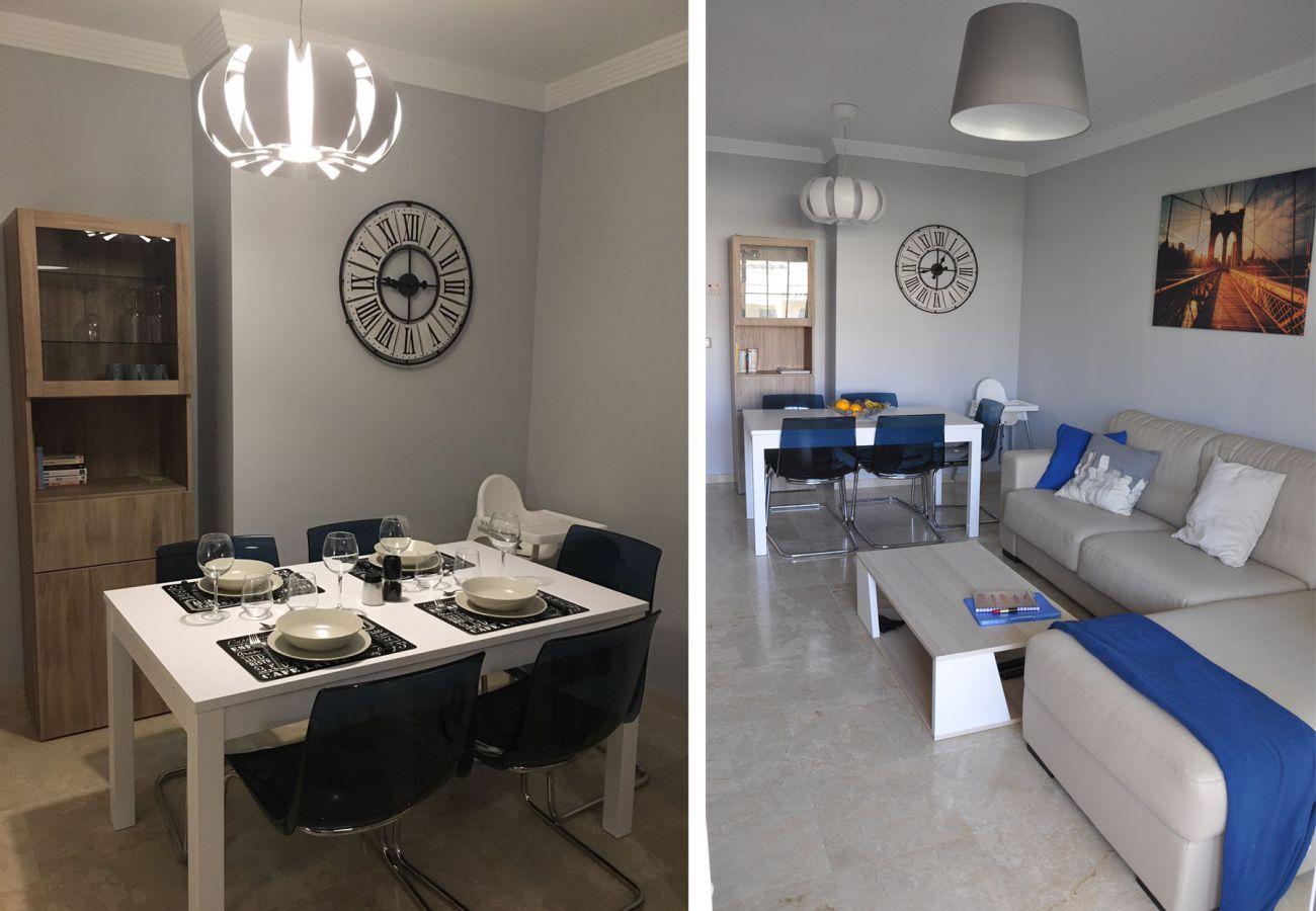 Zapholiday - 2201 - Manilva appartementhuur - living room