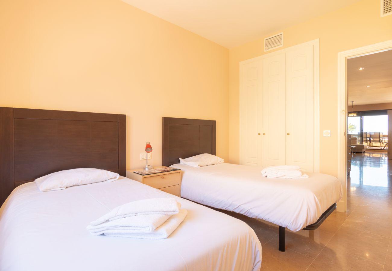 Appartement in Manilva - Duquesa Village 2240