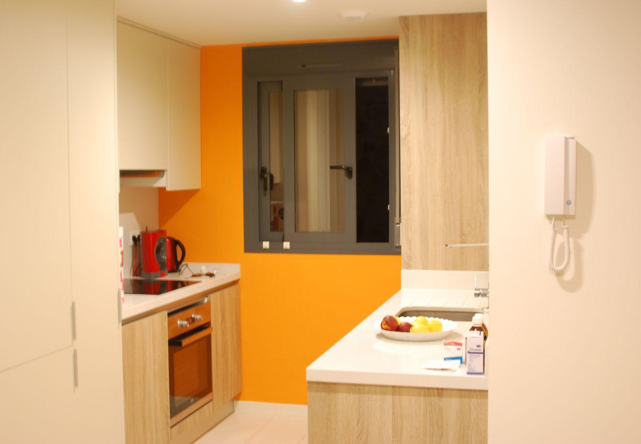 Zapholiday  –  3011  -  Appartement Orihuela Costa, Costa Blanca  –  keuken