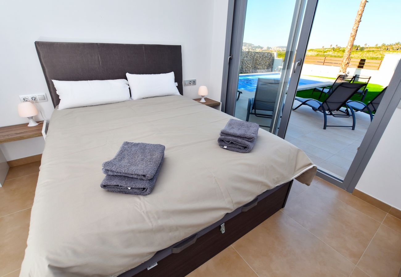 Zapholiday - 3021 - villa Orihuela, Alicante - slaapkamer