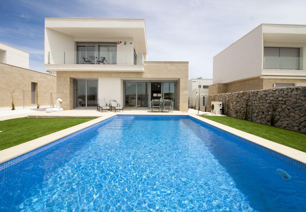 Zapholiday  –  3021  -  villa Orihuela, Alicante  –  zwembad