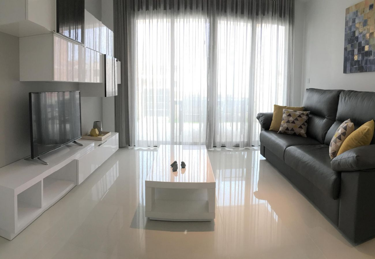 Zapholiday - 3022 - Appartement Mil Palmeras, Costa Blanca - woonkamer