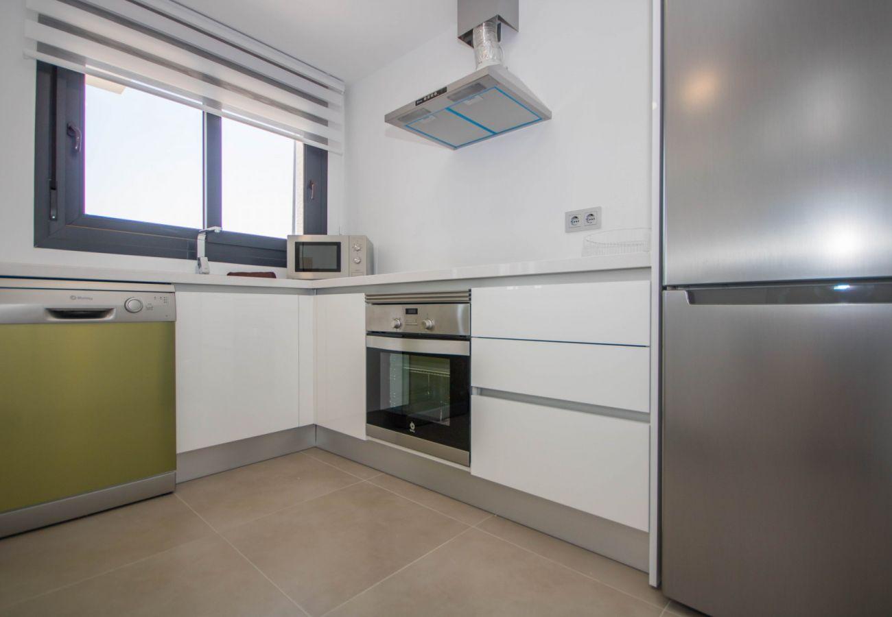 Zapholiday  –  3034  -  villa  Vistabella golf , Alicante  –   keuken