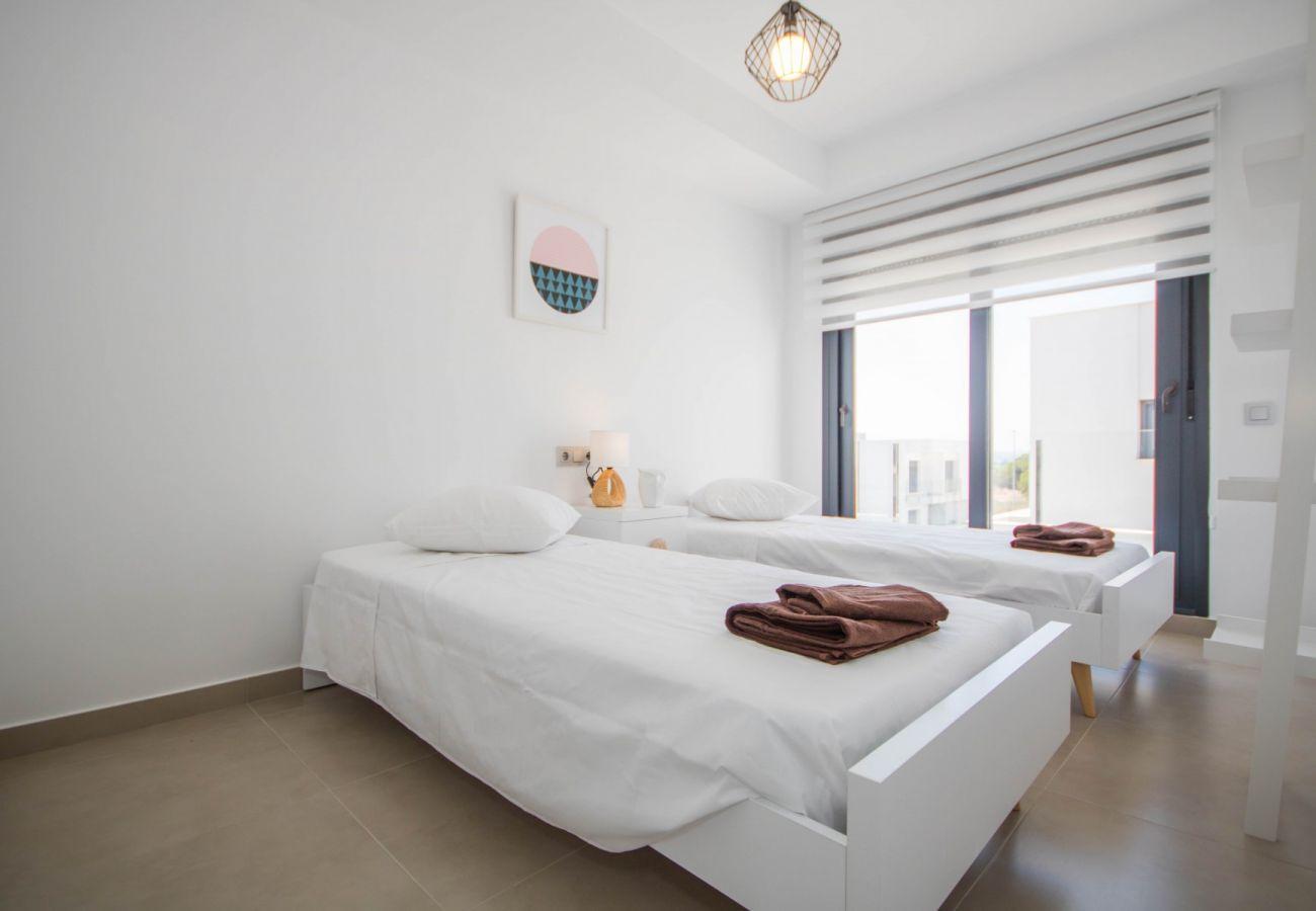 Zapholiday  –  3034  -  villa  Vistabella golf , Alicante - slaapkamer