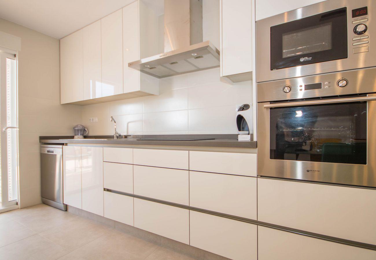 Zapholiday  –  3049  -  appartement Punta Prima, Costa Blanca  –  keuken