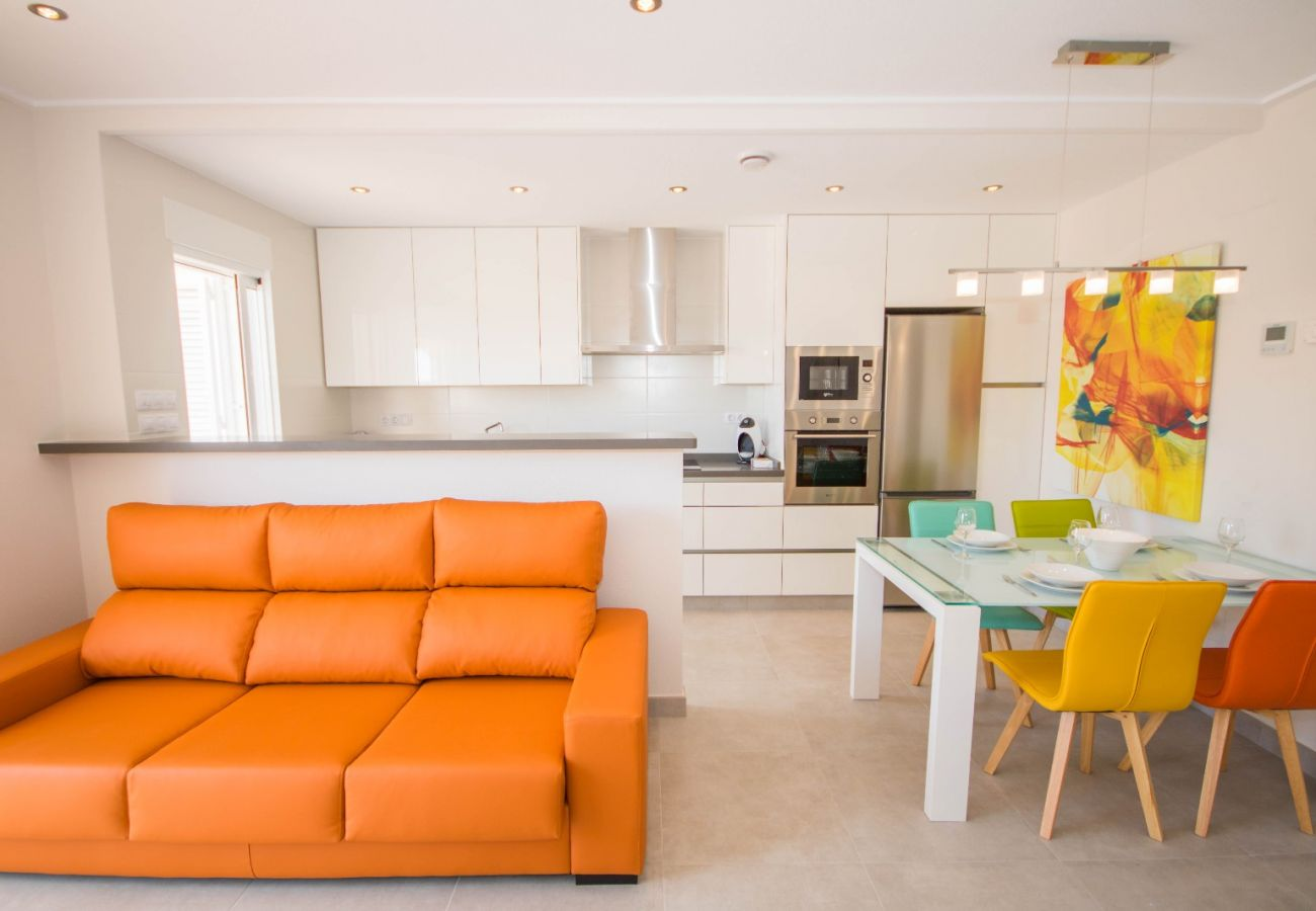 Zapholiday  –  3049  -  appartement Punta Prima, Costa Blanca  – woonkamer