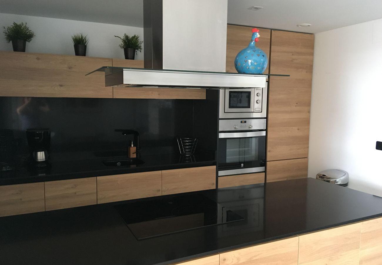 Zapholiday  -  3055  -  Appartement Orihuela Costa, Costa Blanca  –  keuken