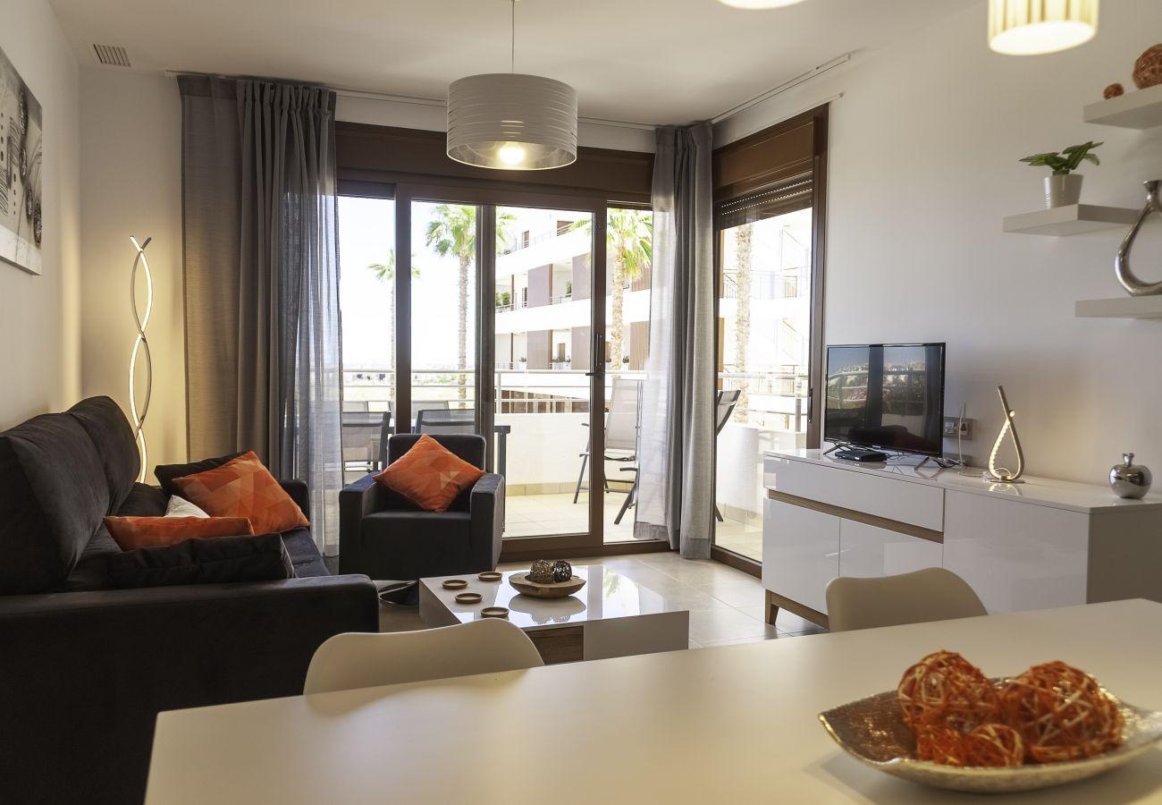 Zapholiday - 3056 - Appartement Terrazas de Campoamor, Costa Blanca - woonkamer