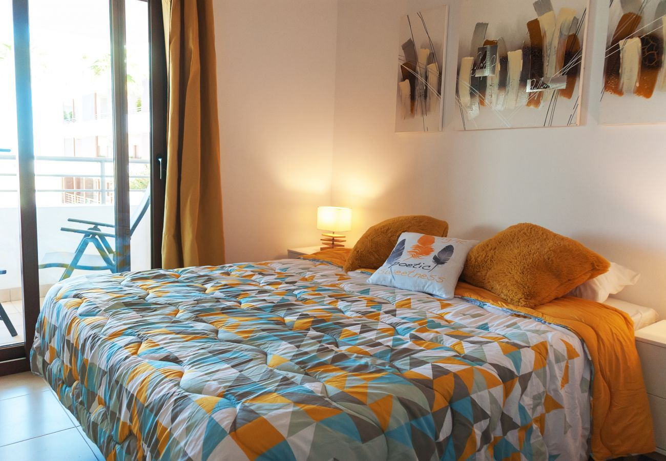 Zapholiday - 3056 - Appartement Terrazas de Campoamor, Costa Blanca - slaapkamer