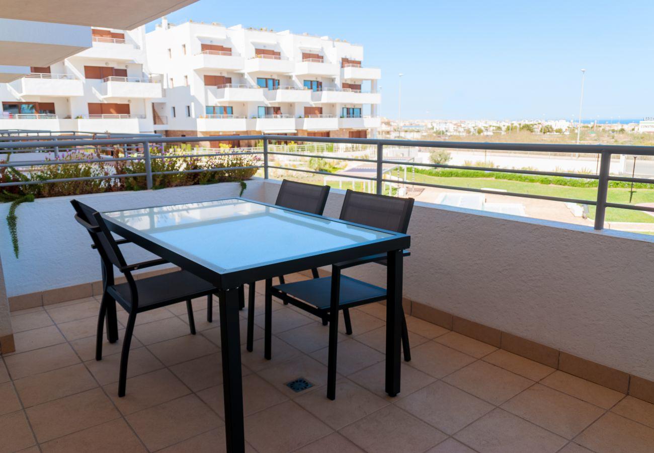 Zapholiday - 3056 - Appartement Terrazas de Campoamor, Costa Blanca - terras
