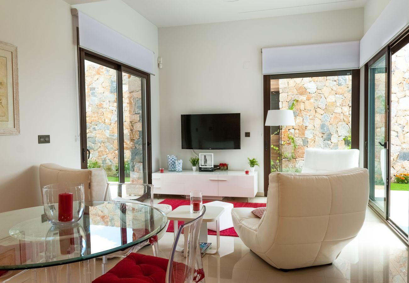 Zapholiday  –  3019  -  villa Algorfa, Alicante - woonkamer