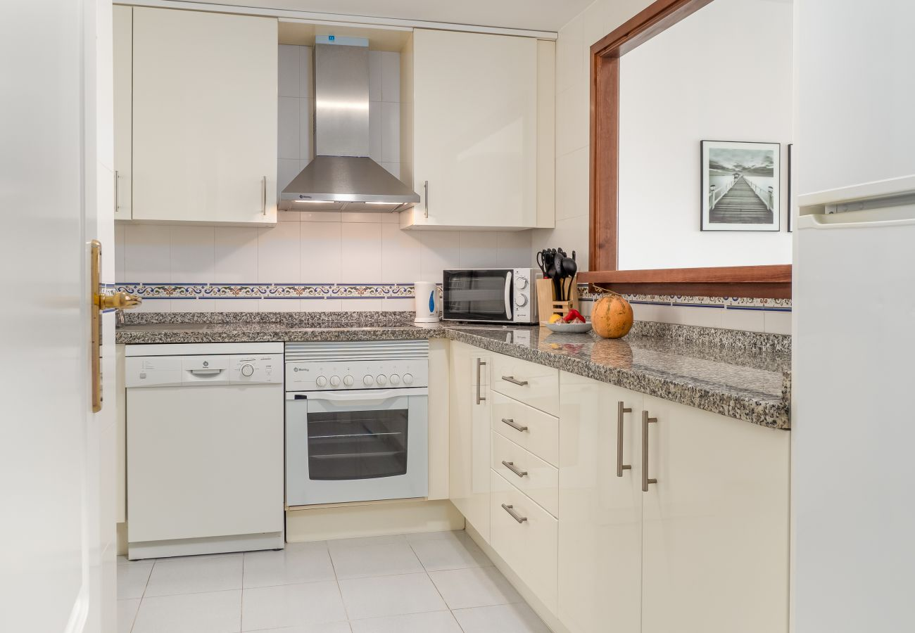 Zapholiday - 2290 - appartement verhuur La Duquesa, Costa del Sol - keuken