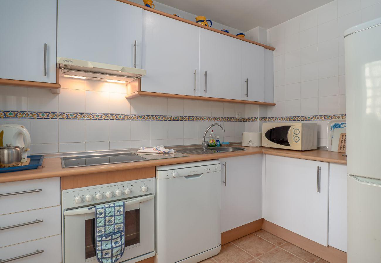 Zapholiday - 5002 - La Duquesa appartementhuur, Costa del Sol - slaapkamer