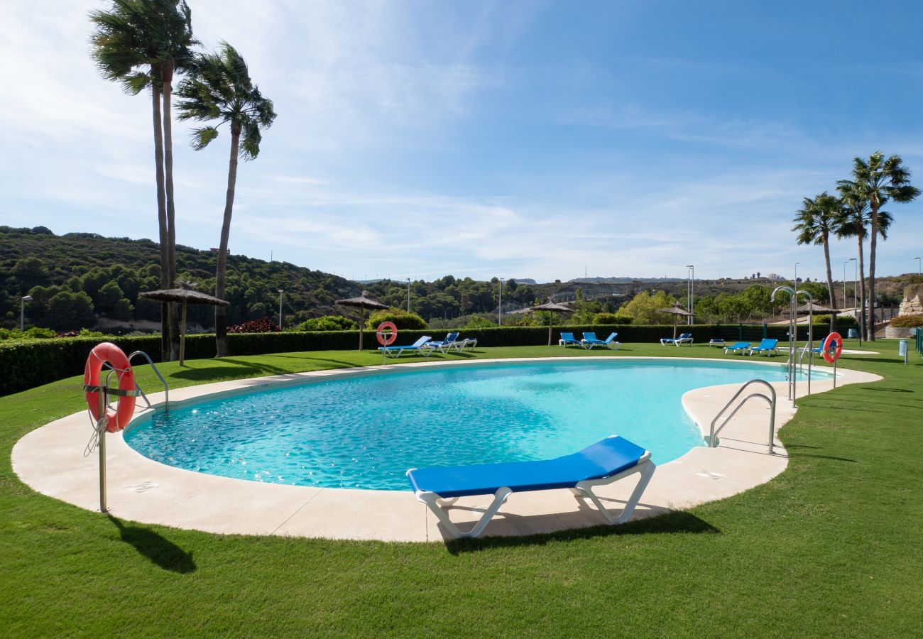 Zapholiday - 2297 - Appartement Casares, Costa del Sol - zwembad
