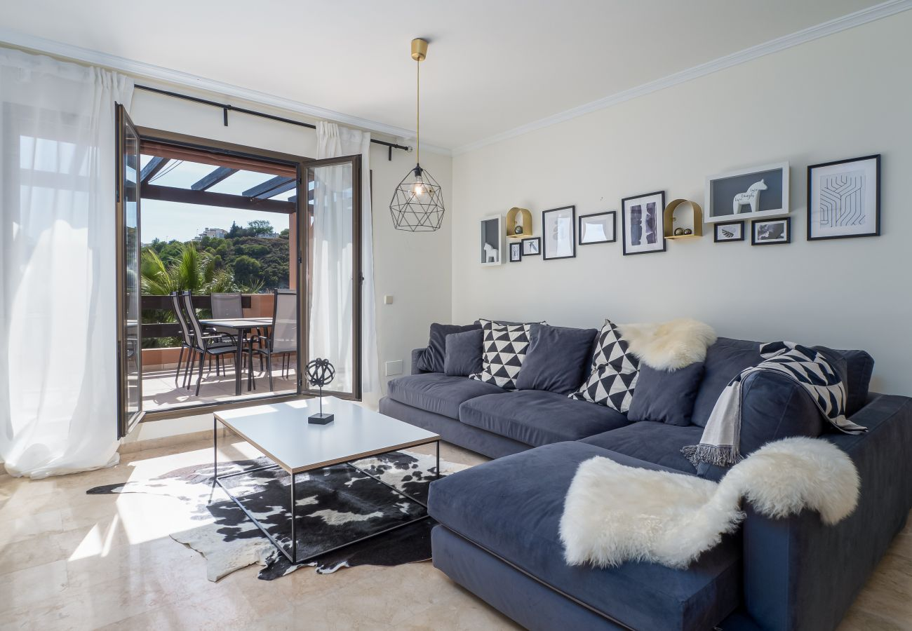 Zapholiday - 2297 - Casares appartement, Costa del Sol - woonkamer