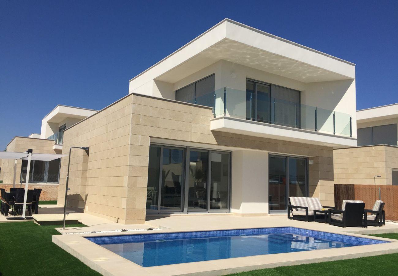 Zapholiday  –  3018  -  villa Orihuela, Alicante  –  zwembad