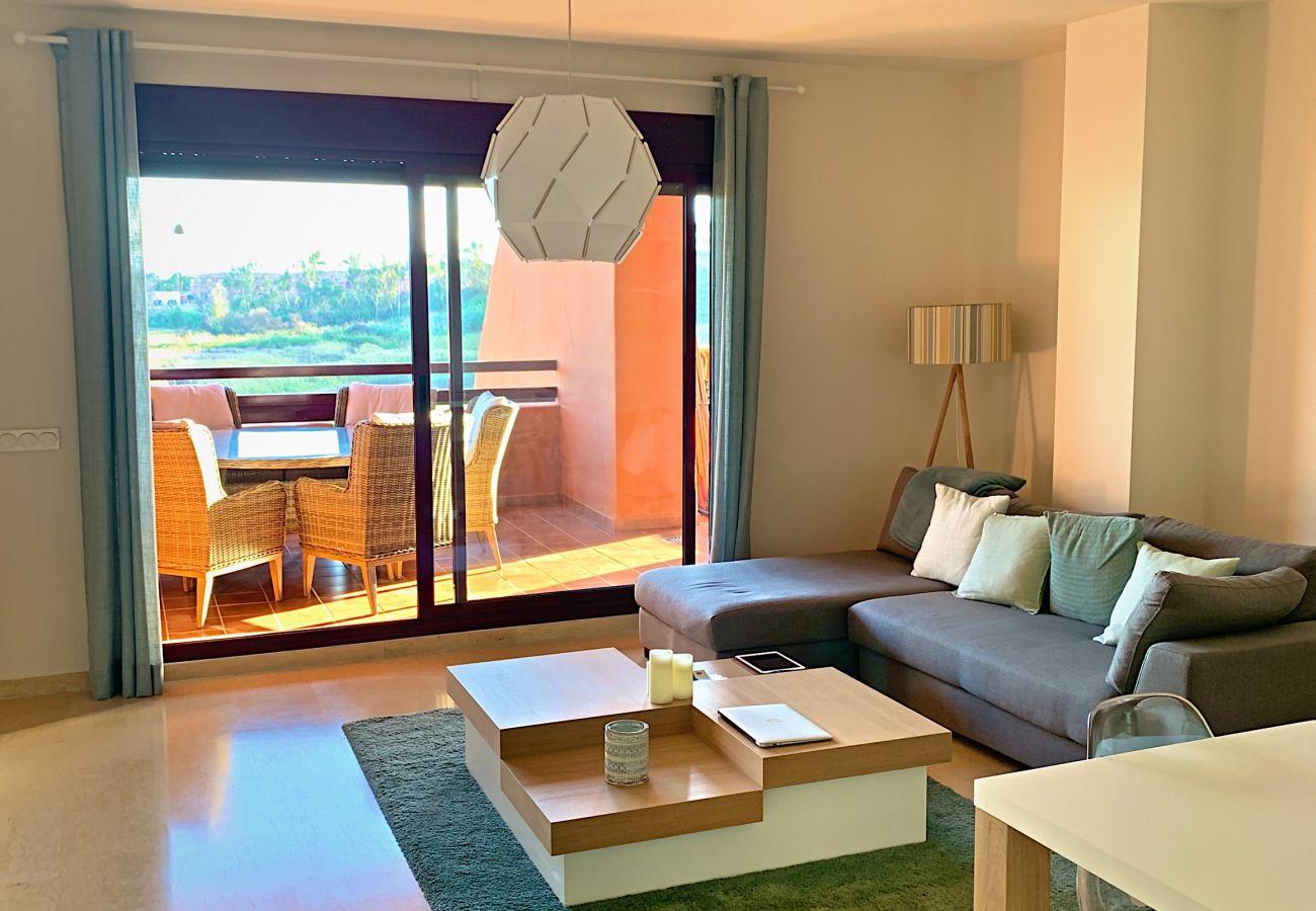 ZapHoliday - 2303 - appartement verhuur in Manilva, Costa del Sol - woonkamer