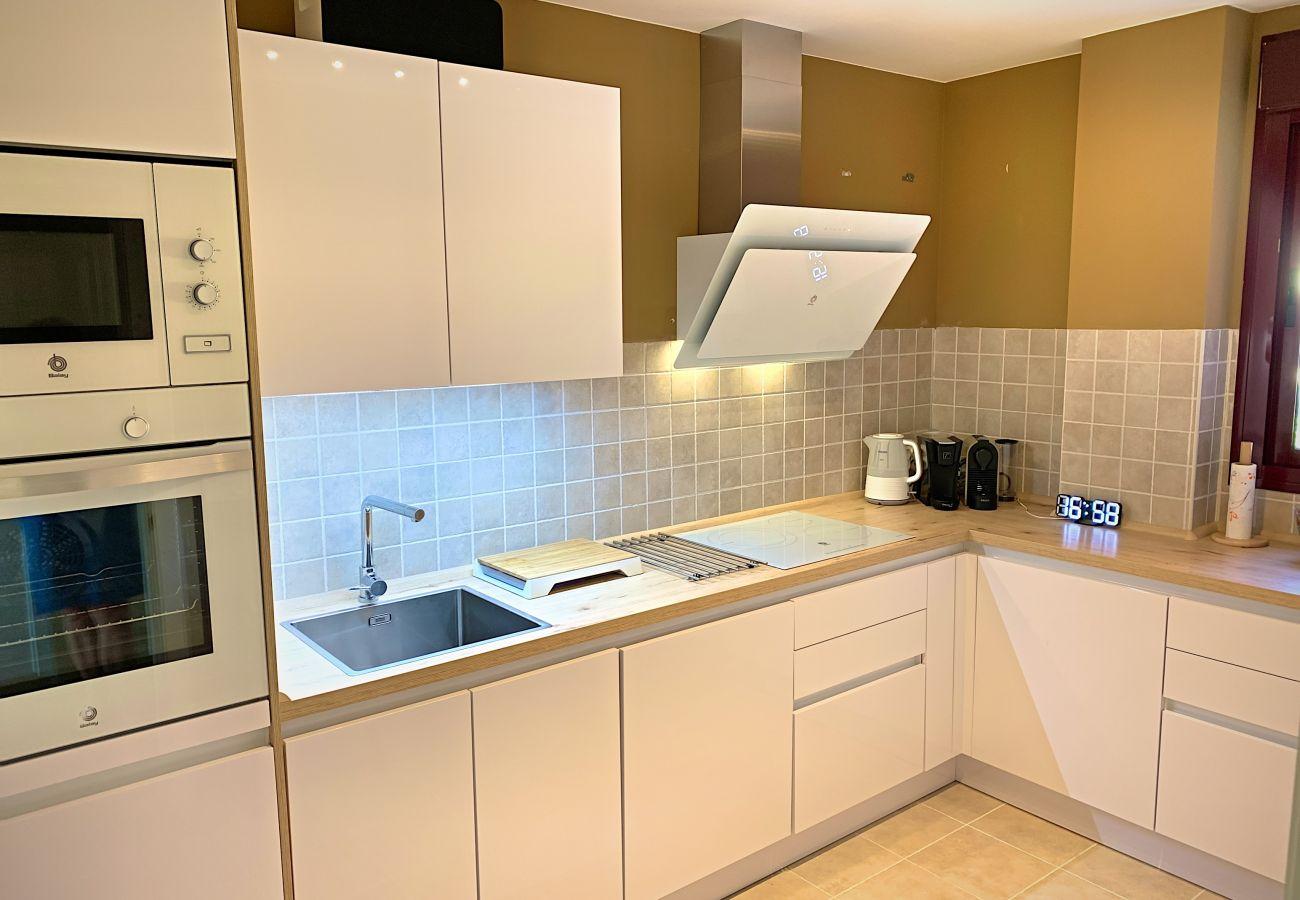 ZapHoliday - 2303 - appartement verhuur in Manilva, Costa del Sol - keuken